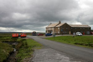 Tan_Hill_Inn_-_geograph.org.uk_-_1361893